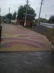 Укладання бруківки - приватна територія, Львів